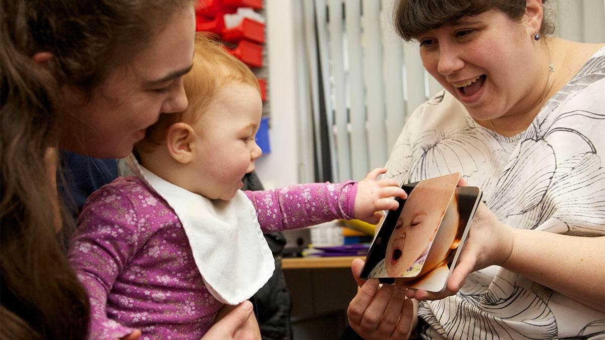 Health visitor gifting Bookstart Baby